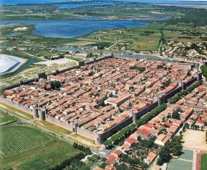 aigues-mortes-medieval-crusader-fort-photograph-from-air